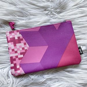 ⭐️5/$25 | NEW Ipsy x Tetris Collab Makeup Zip Bag